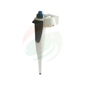 Pipetting device for lab